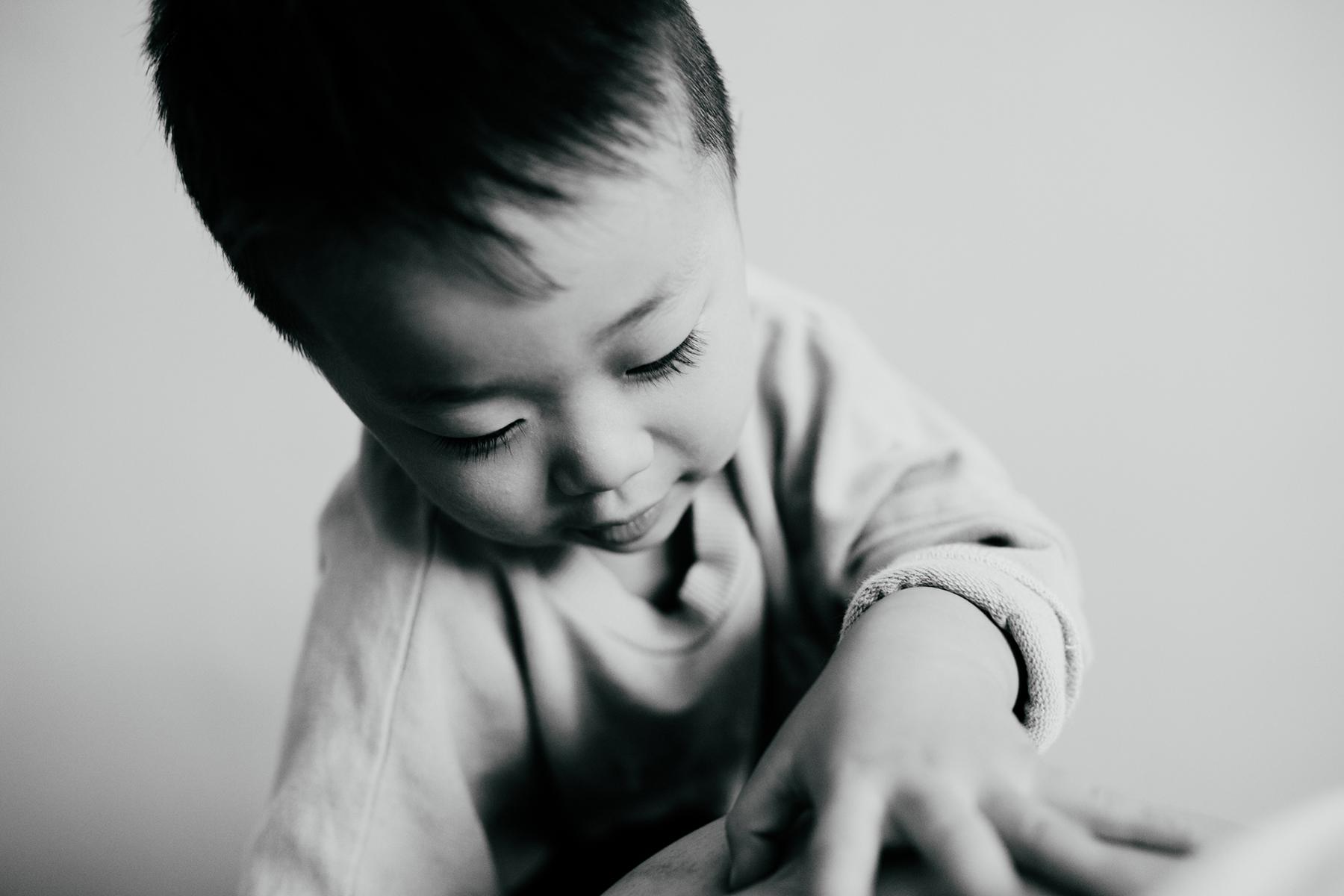 Professionelles Portrait eines kleinen Jungen