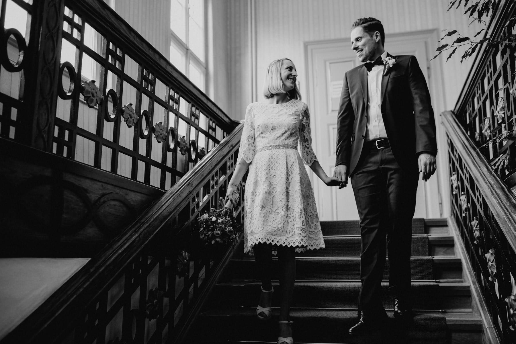 Professionelles Foto nach eines Paares nach der Trauung